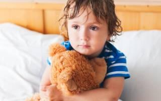 Как можно выписать несовершеннолетнего ребенка из квартиры?